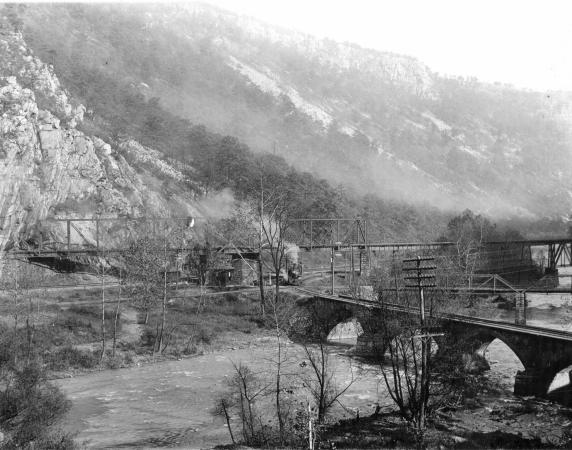 Eckhart Mines5 (2)
