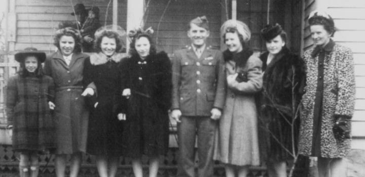 The Seven Marczynski Sisters (&Eddie)